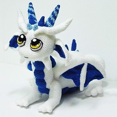 Unicorns, Dragons and More Fantasy Amigurumi: Bring 14 Magical ... | 500x500