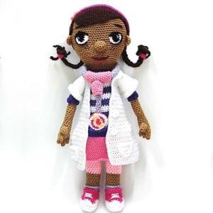 patrones-amigurumi-doctora-juguetes