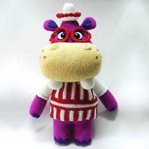 patrones-amigurumi-hallie-doctora-juguetes
