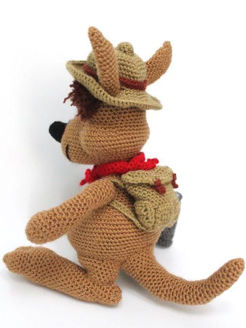 FREE Amigurumi Crochet Kangaroo with Baby Pattern and Tutorial ... | 666x500