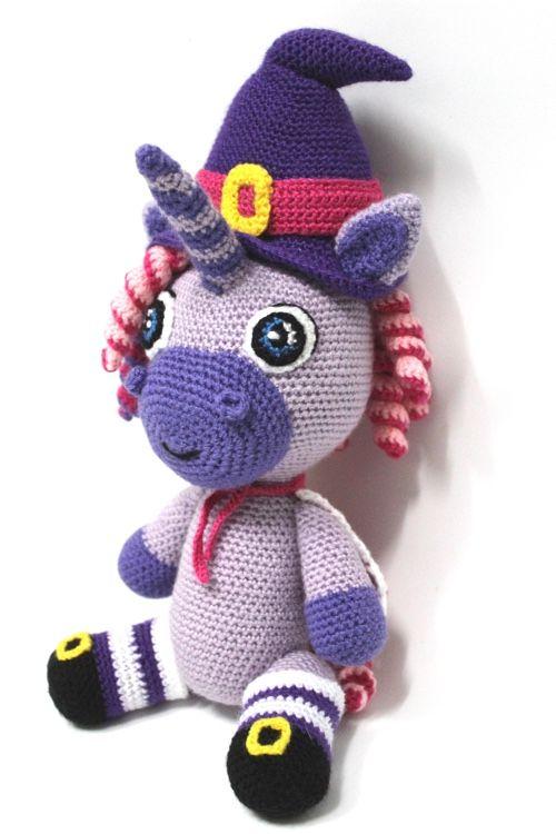 Patrón Úrsula, la brujita unicornio – Sueños Blanditos